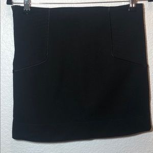 Diane von furstenburg black mini skirt size 4